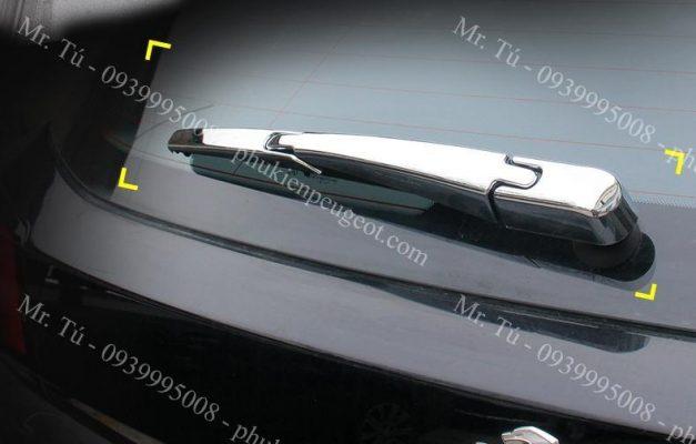 Ốp gạt mưa sau xe Peugeot 5008