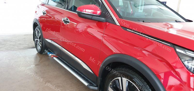 bệ bước chân cờ Pháp cho Peugeot 5008 đỏ